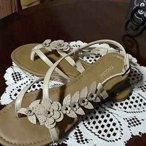 Tan sandals 9